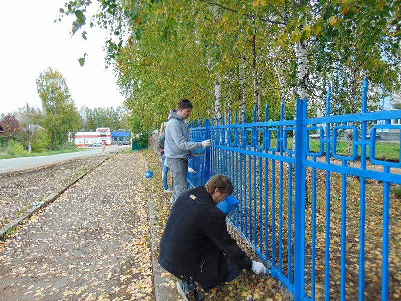 Студенты взяли кисти и краски
