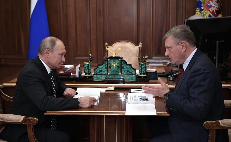 Губернатор области рассказал президенту РФ о развитии региона