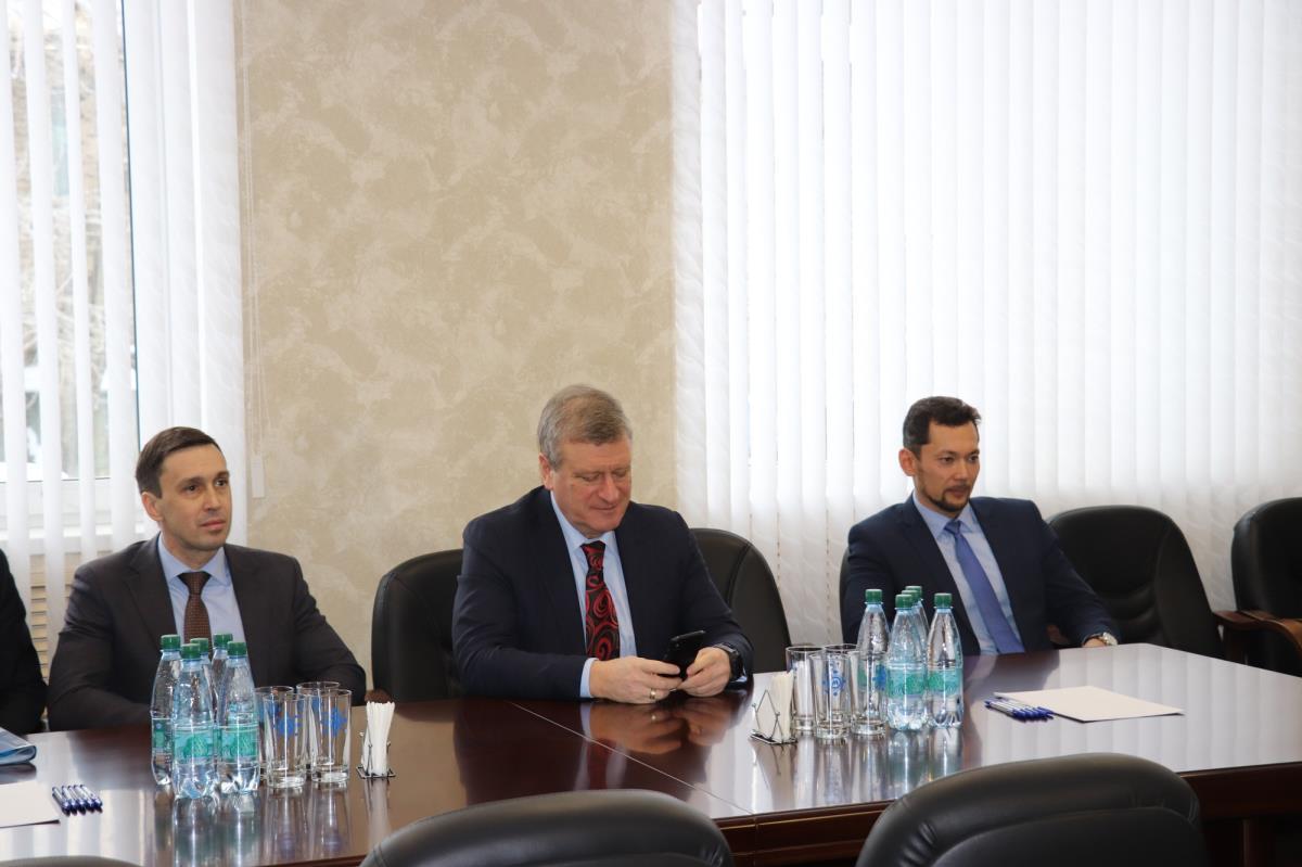 встречи с руководством градообразующего предприятия — Омутнинского металлургического завода