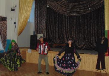 В Белореченском клубе состоялась познавательная программа «Волшебный мир масок» 5
