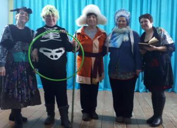 В Белореченском клубе состоялась познавательная программа «Волшебный мир масок» 6