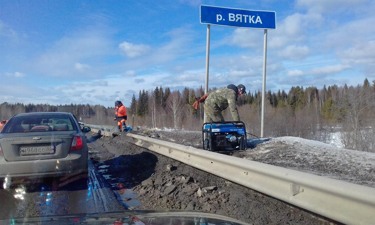 Мост через Вятку ремонтируют