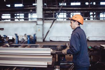 Металлурги Омутнинского металлургического завода 1