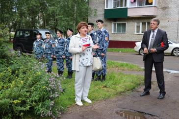 В Восточном состоялось открытие мемориальной доски почетному жителю поселка В.А. Валову 3