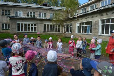 «Яркий праздник» для воспитанников детского сада «Малыш» 2