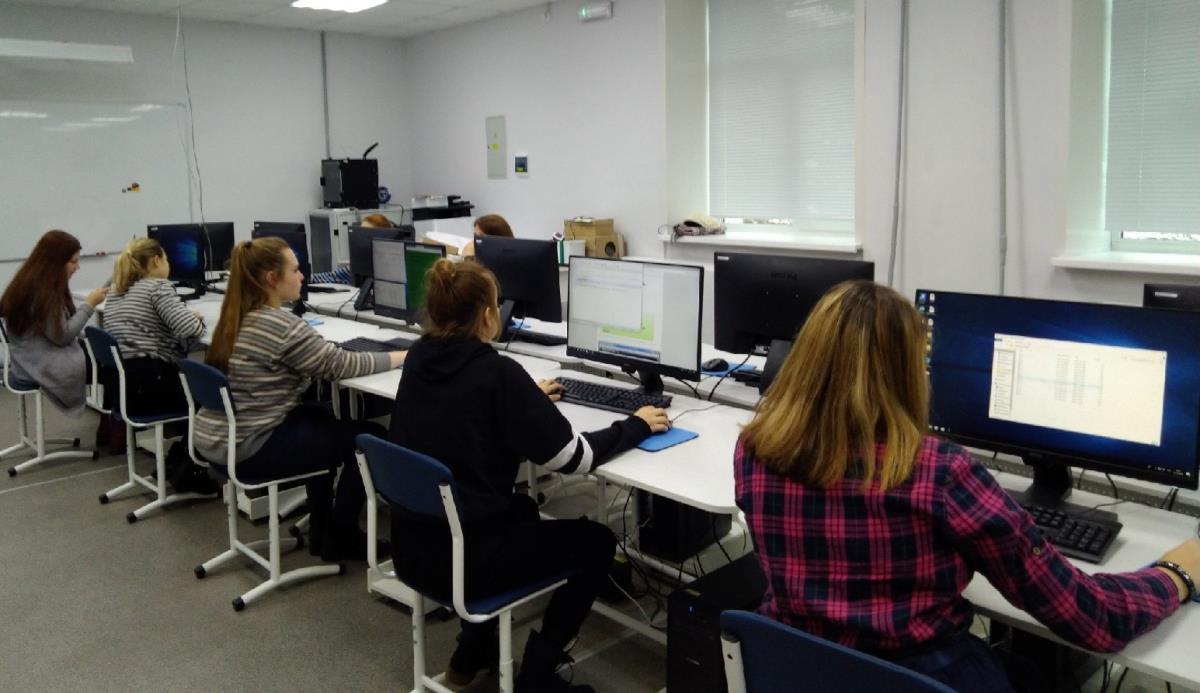 Школьники освоили основы веб-дизайна