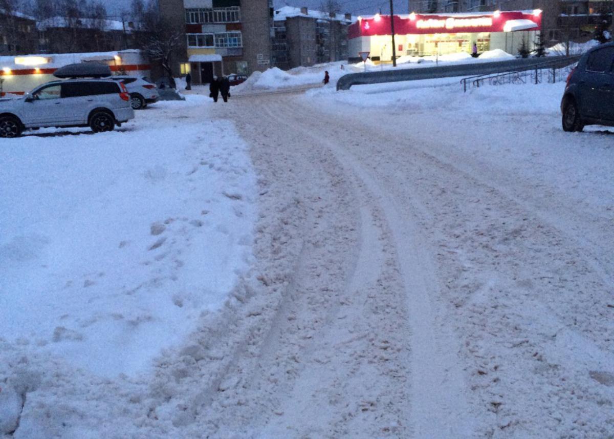 На дорогах города — снежная каша