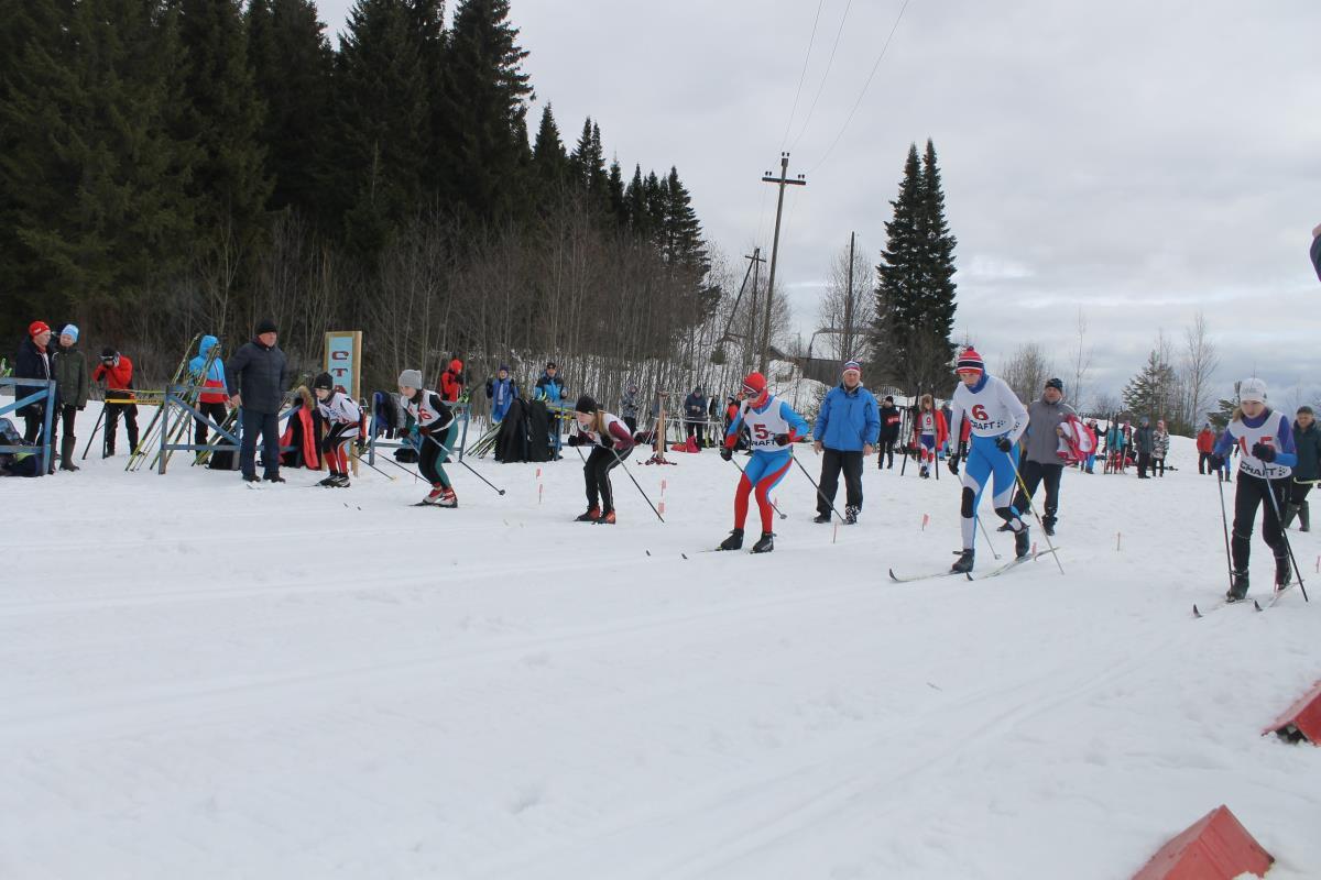 Два дня соревновались лыжники