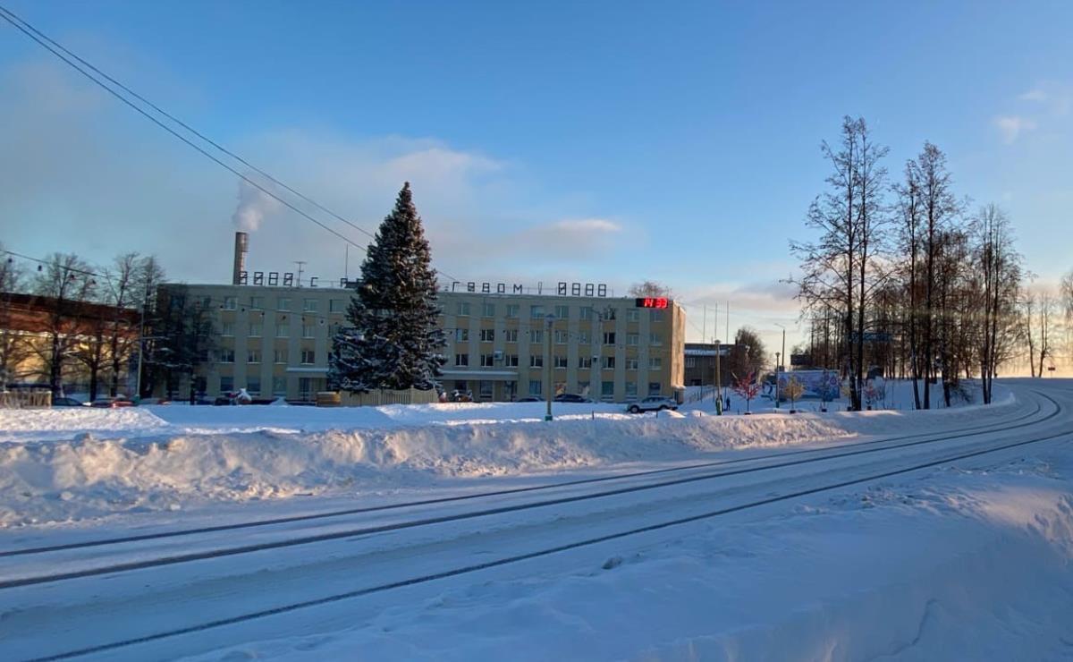 Омутнинский металлургический завод –  крупнейший налогоплательщик