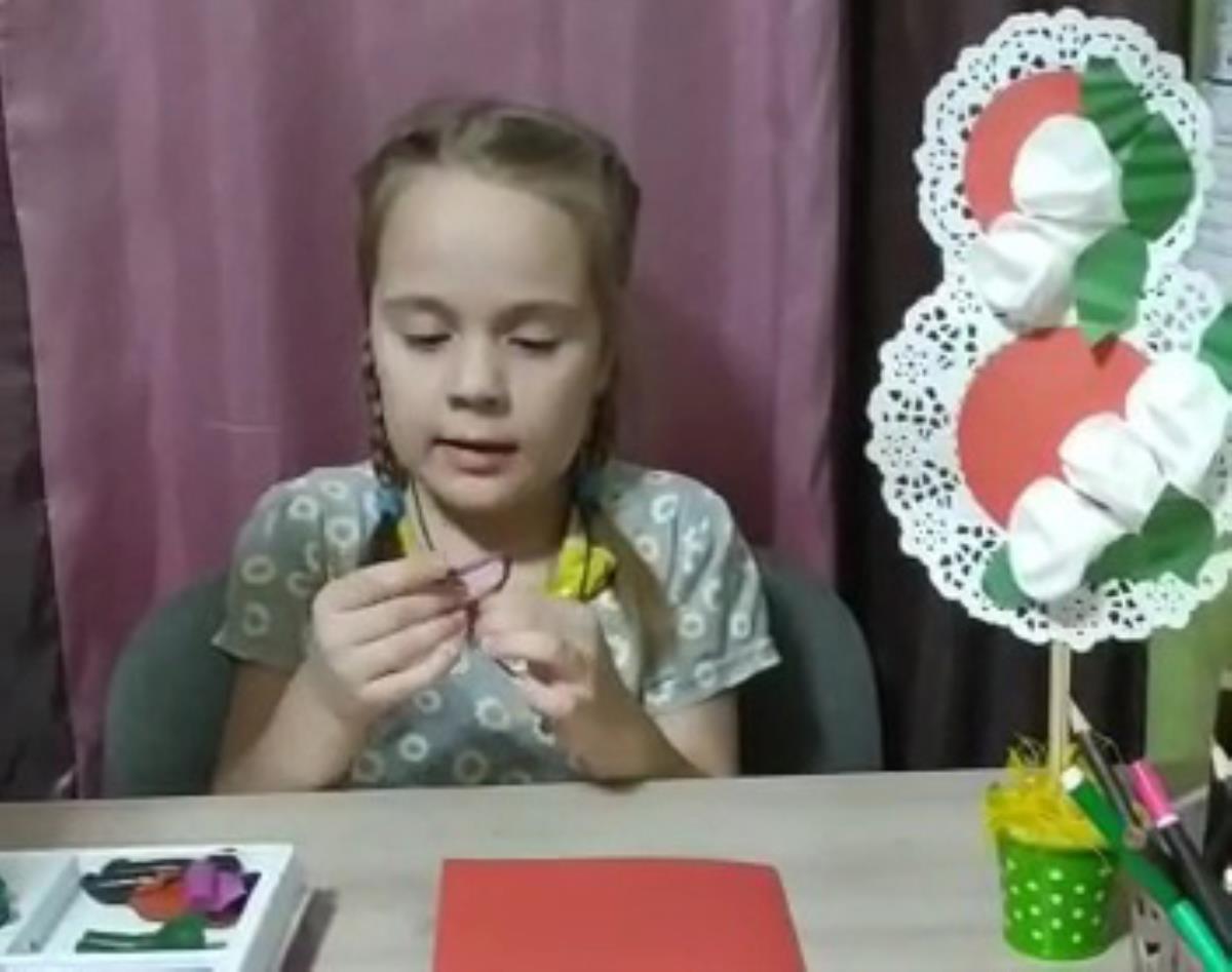 Готовим подарок маме